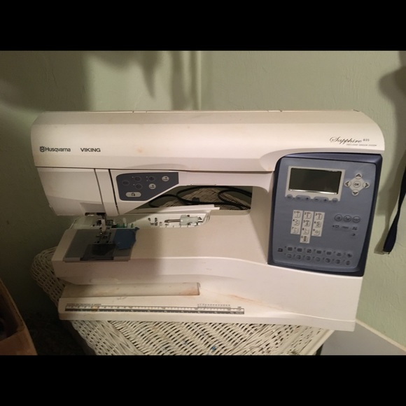 Huverage Other - Ferrari of sewing machines in Barely used conditio